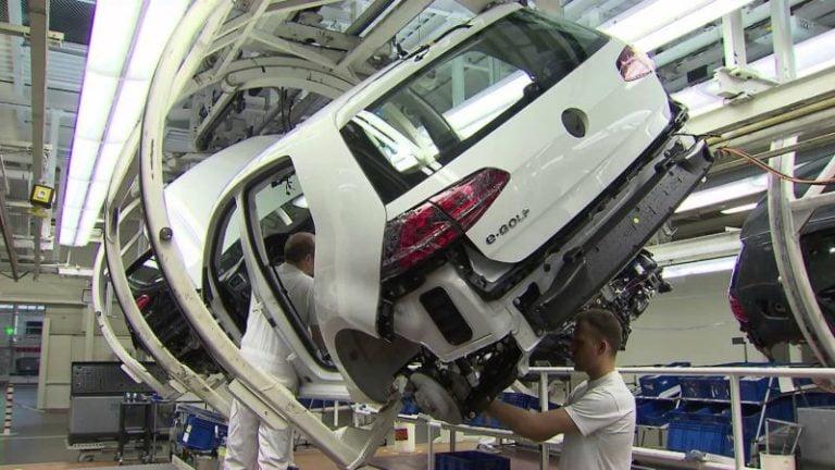Volkswagen Avrupa'nın en büyük EV üretim ağını kuruyor!