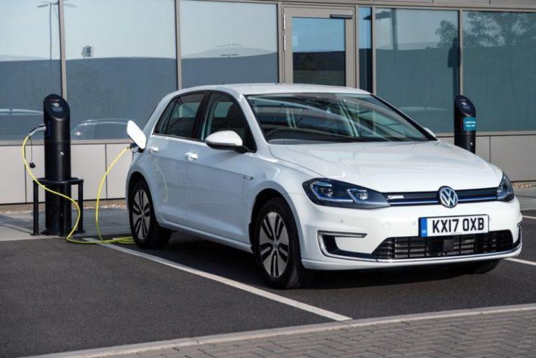 Volkswagen elektrikli otomobillerde vites yükseltiyor!