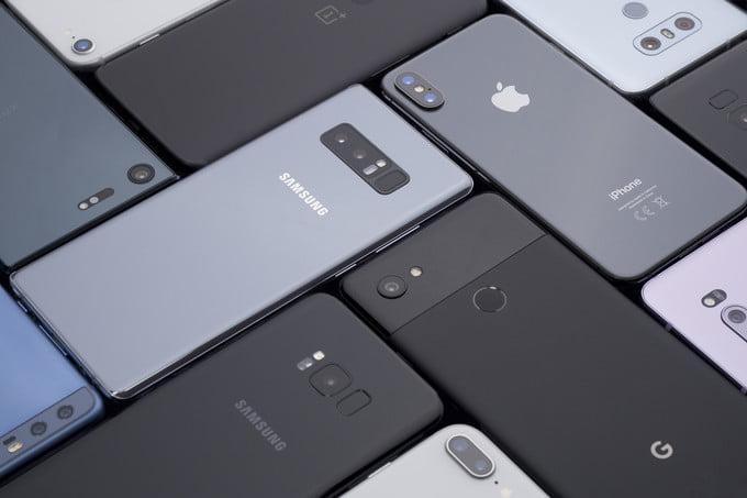 Donanım Günlüğü'ne göre 2018'in en iyi akıllı telefonları