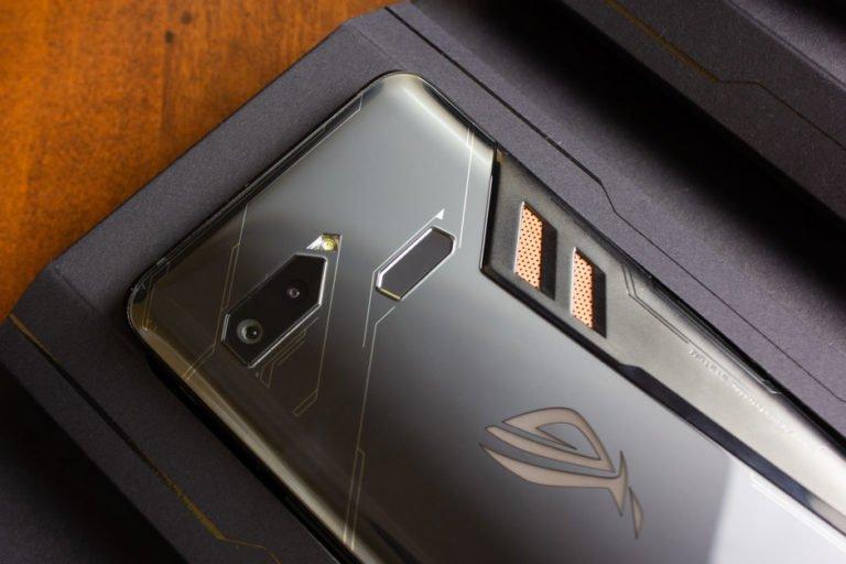 Asus Mobile 4 yeni model üzerinde çalışıyor