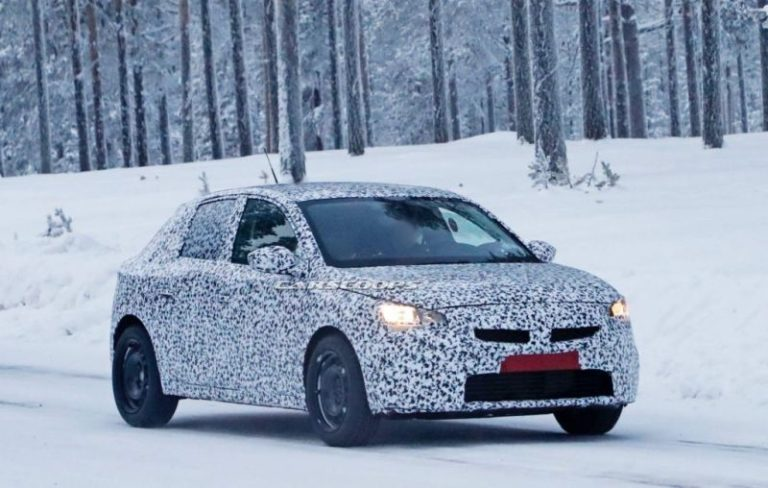 Yeni nesil Opel Corsa bu kez casus kameralardan kaçamadı!