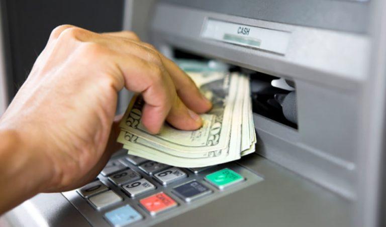 ATM'deki güvenlik açığı sayesinde 1 milyon dolar çekebildi