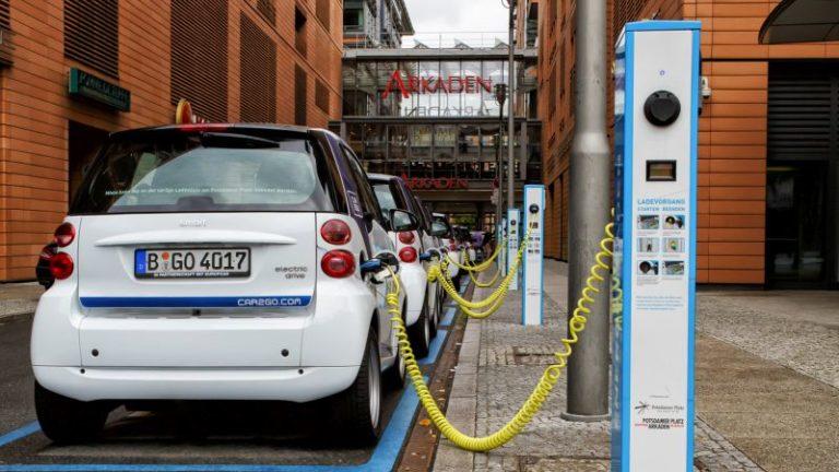 Avrupa elektrikli otomobilleri sevdi!