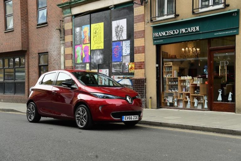 Renault'tan iki rekor birden!
