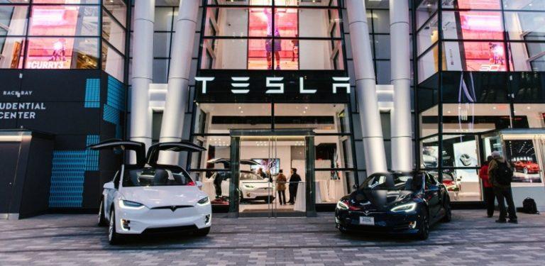 Tesla indirim yerine zam yaptı!