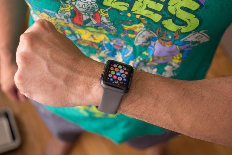 Apple Watch 3 fiyatında büyük indirim