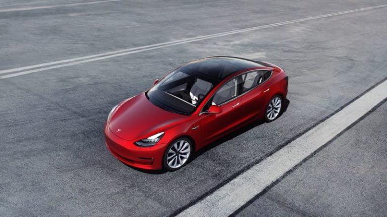 Elektrikli otomobil satışları her yıl ikiye katlanıyor!