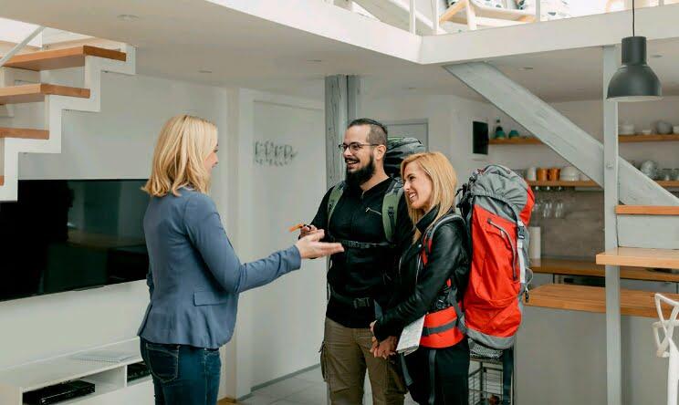 AirBnb kiralık evleri kontrol edecek