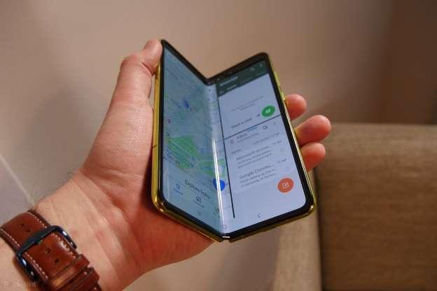 Galaxy Z Fold Lite geliyor!