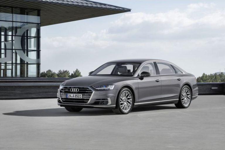Audi A8  yeni nesilde Mercedes-Maybach S 650'ye meydan okuyacak!