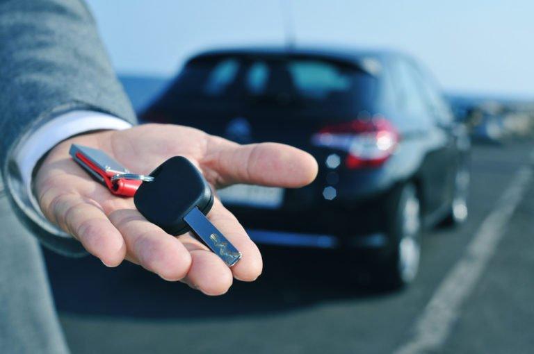Sıfır otomobil fırsatçılarına dikkat!