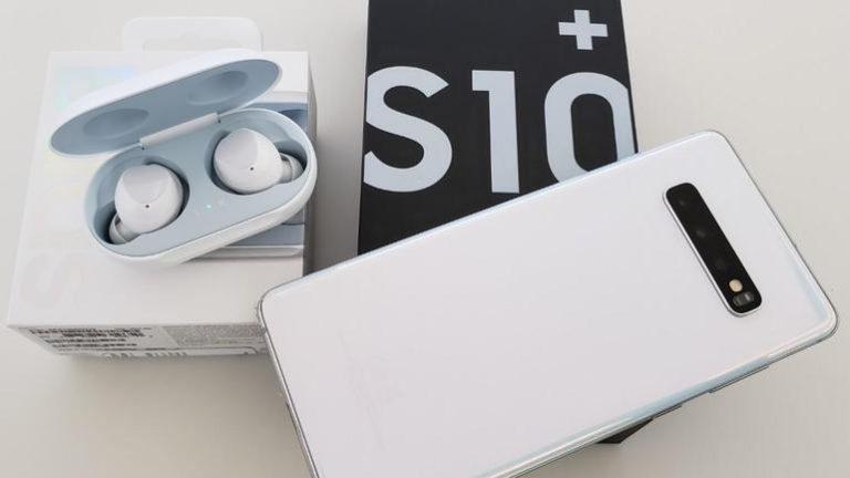 Galaxy S10 selefinden daha çok satıyor
