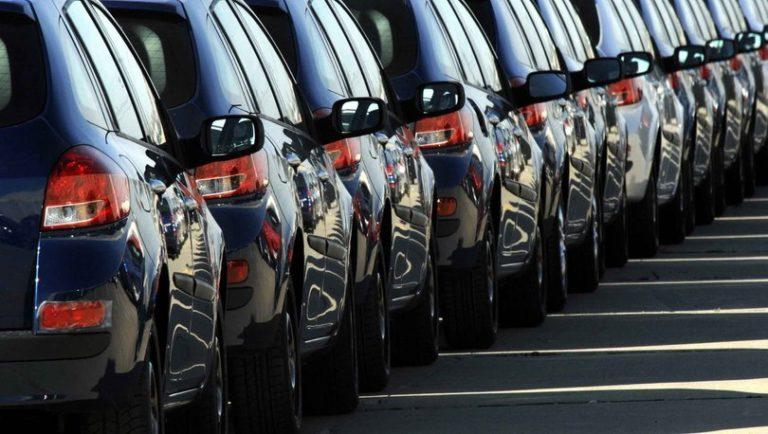 Otomobil pazarı yüzde 50 azaldı!