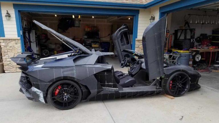 Amerikalı baba oğul 3D yazıcıyla Lamborghini Aventador üretti!