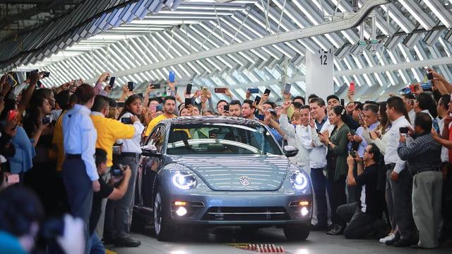 Son Volkswagen Beetle üretim hattından çıktı!