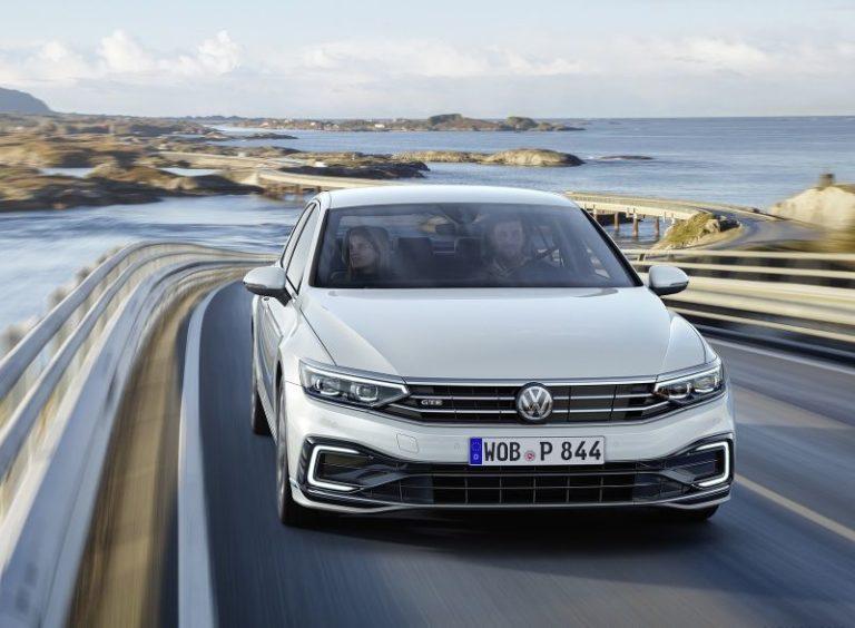 Volkswagen Passat şanzıman değiştirecek!