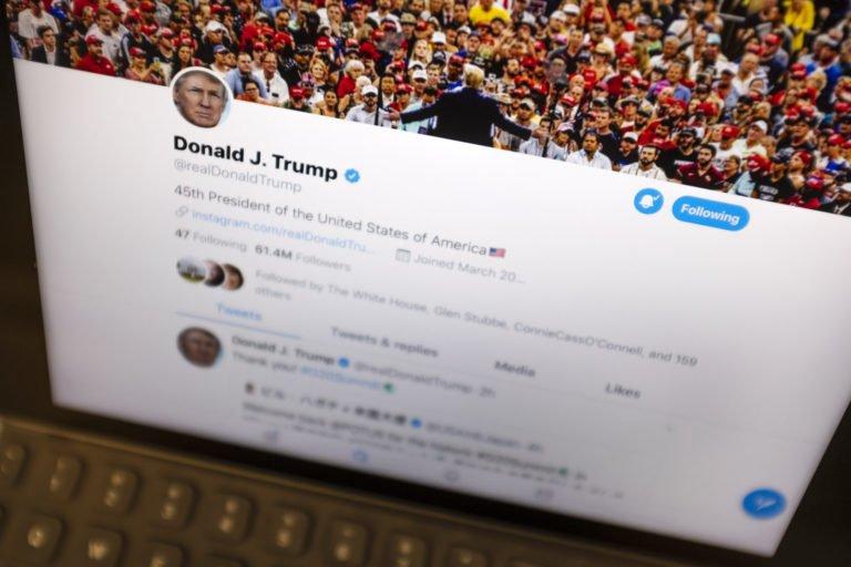 Donald Trump Twitter üzerinde vatandaşlarını engelleyemeyecek