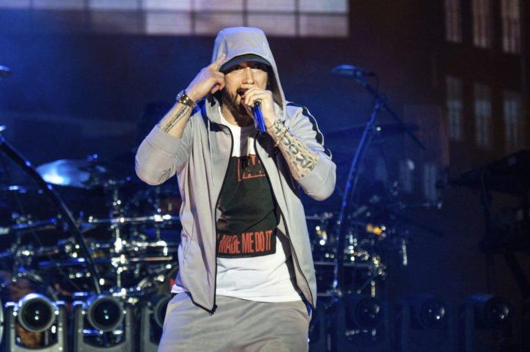 Spotify Eminem şarkılarını telif ödemeden çalmış