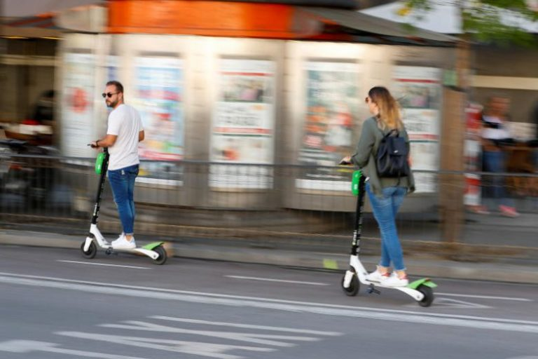 Segway-Ninebot yarı otonom scooter tanıttı