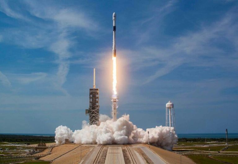 ABD ordusu SpaceX roketleri kullanacak: Ne yaptın sen Musk!