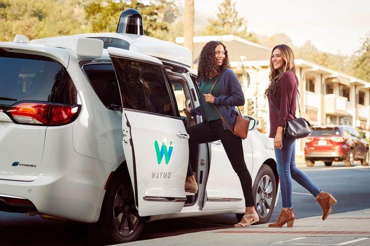 Waymo sürücüsüz otomobil çalıştırmaya çok yakın