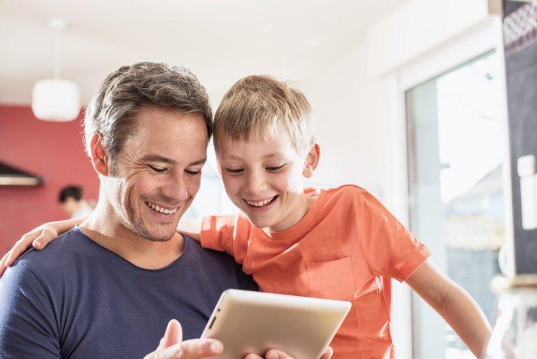 İnternet kullanan her 3 kişiden biri çocuk!