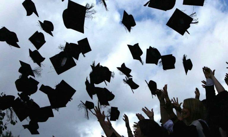 Türkiye'de ekonomik durum eğitimi aşırı etkiliyor: OECD raporları yayınlandı