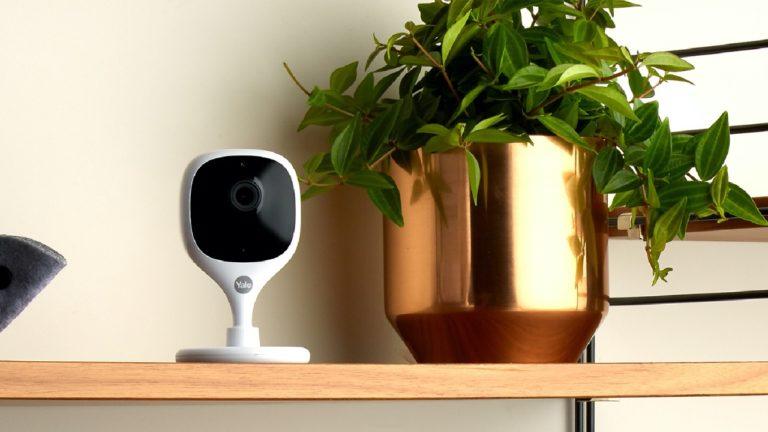 Yale Indoor WiFi kamerası neler sunuyor?