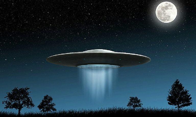 UFO ihbarlarındaki artış büyük dikkat çekiyor: Yapay zeka son Umut
