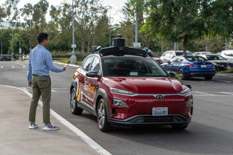 Hyundai otonom taksi servisi verecek