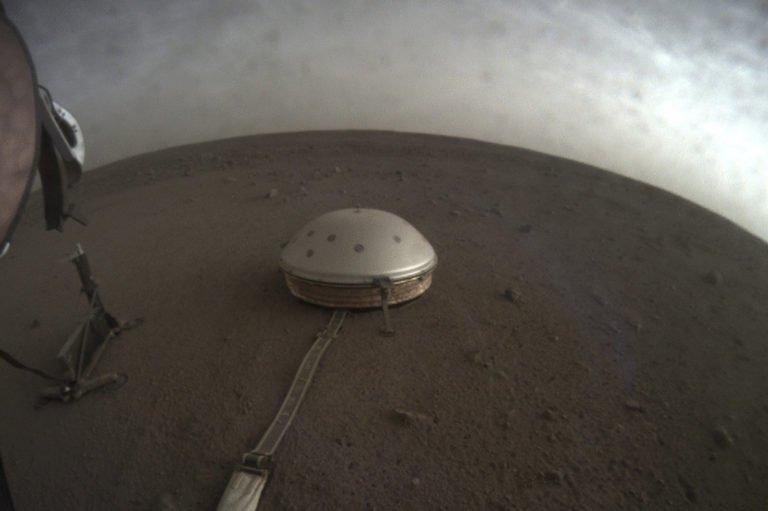 NASA Mars seslerini kaydetti