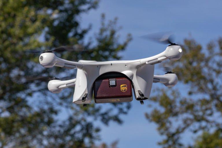UPS ve CVS dronelar ile ilaç teslim edecek