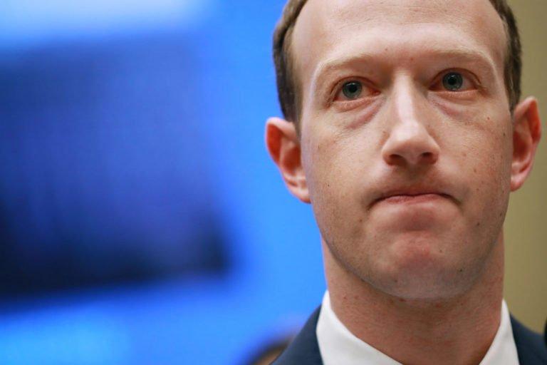 Şükran Günü Facebook'a yaramadı!
