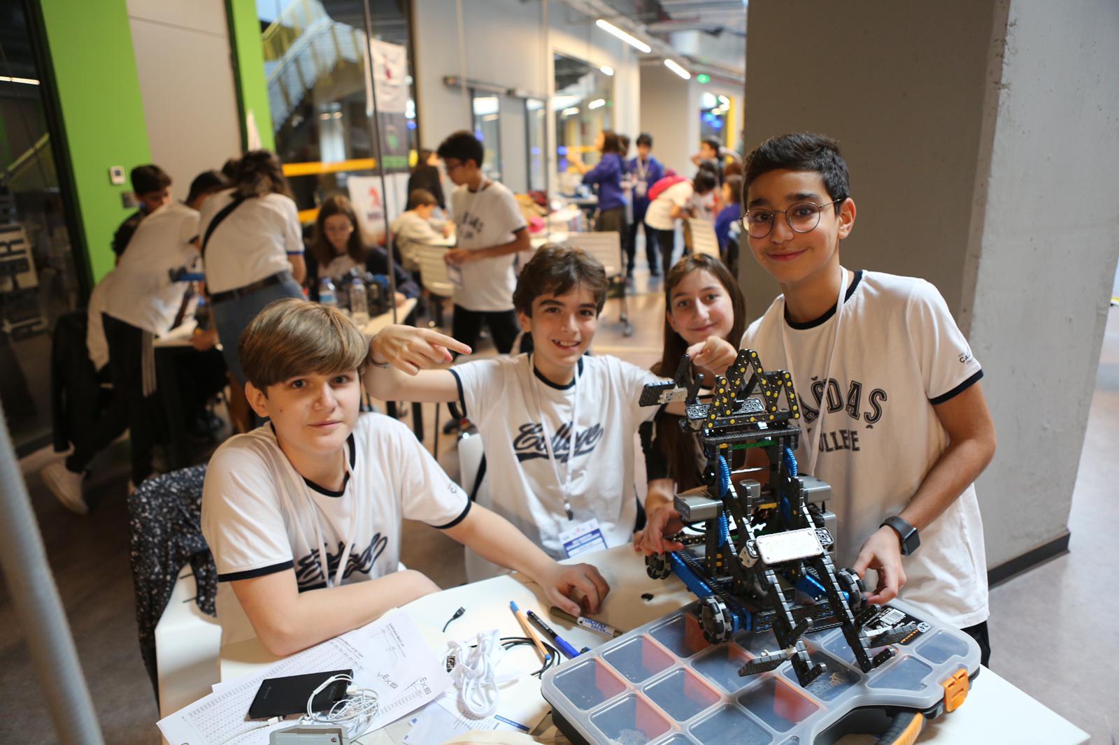 Dünyanın en büyük robotik turnuvası