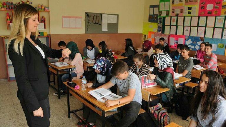 Okullar uzaktan eğitime mi geçiyor: Herkesi telaşlandıran gelişmeler yaşanıyor