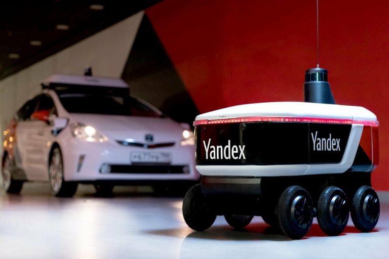 Yandex otonom teslimat robotu test ediyor
