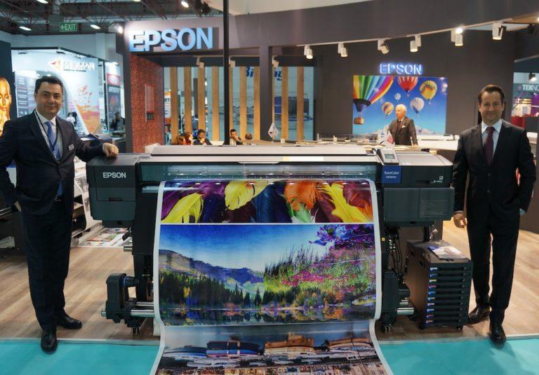 Epson yeni geniş format yazıcı modellerini tanıttı