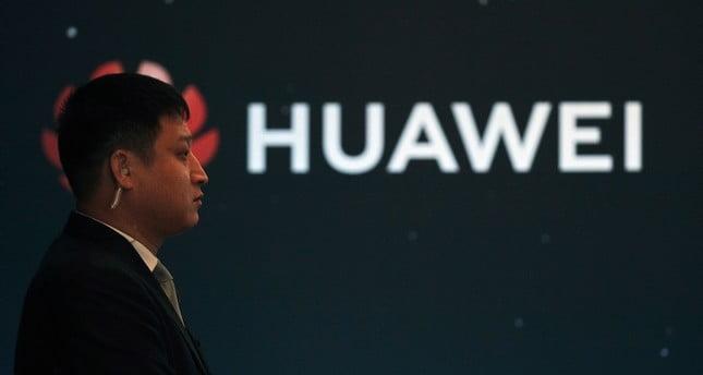 Huawei 5G faaliyetlerine İngiltere'den izin çıktı