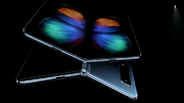 Samsung katlanabilir ekranlarda menteşe görünmeyecek