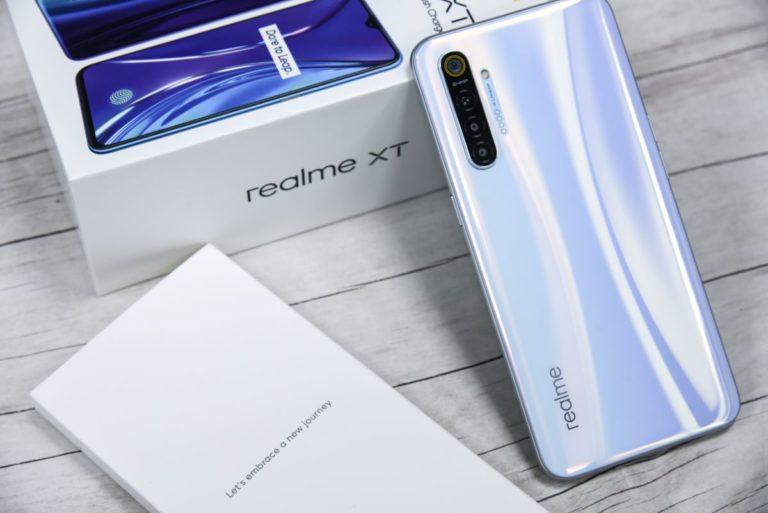 Realme XT Türkiye'de satışa sunuldu! İşte fiyatı!