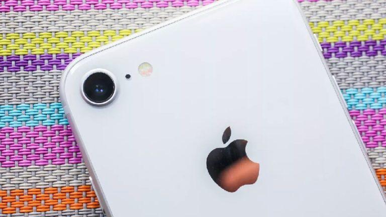 iPhone 9 kanlı canlı bir kez daha görüntülendi!
