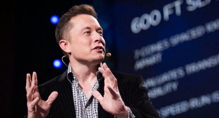 Elon Musk , Johnny Depp'in ilişki iddialarını reddetti