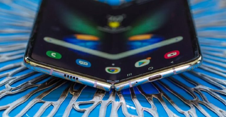 Katlanabilir ekranlı telefon sayısı artıyor