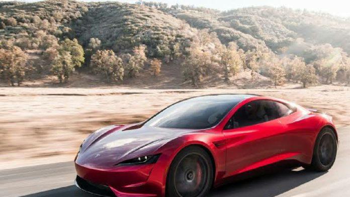 Tesla araçları eleştiri