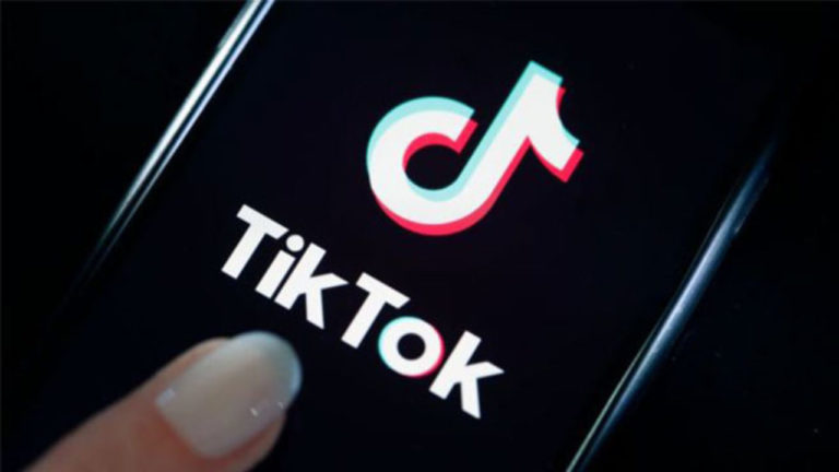 TikTok gözünü Facebook'a dikti! İndirme rakamları fırladı!