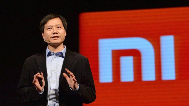 Xiaomi CEO'su bakın hangi rakip firmanın telefonunu kullanıyor!