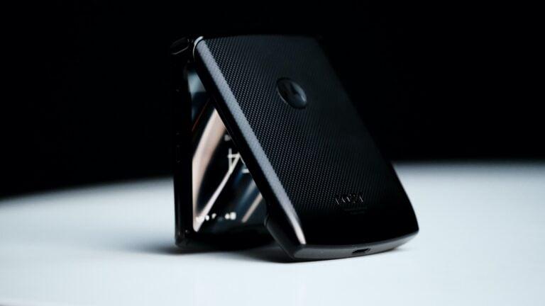 Motorola Razr 2 özellikleri sızdı! Bu sefer olacak Motorola!