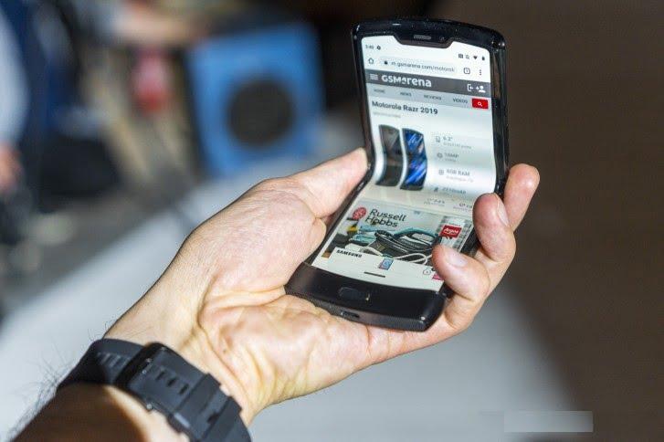 Motorola Razr 2 için tarih verildi! Çok yakında geliyor!