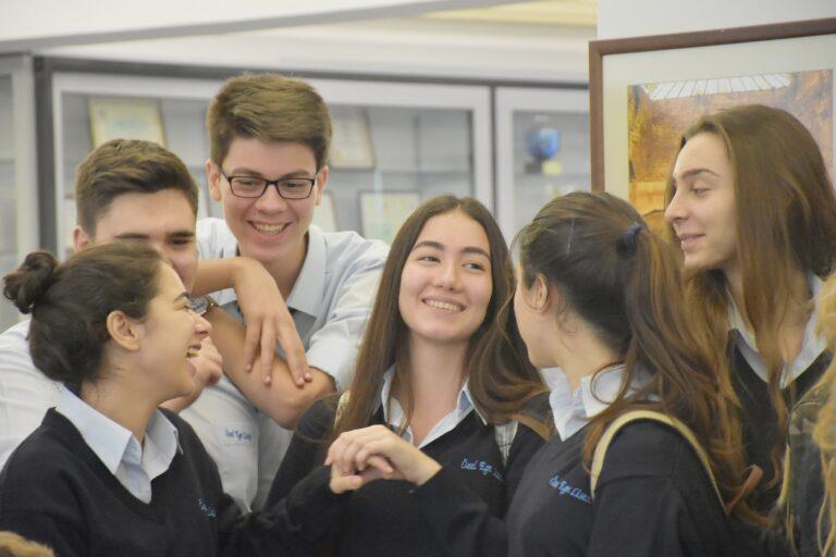 Koronavirüsün yayılmasında okullar etkili mi? Yeni araştırma sonuçları!