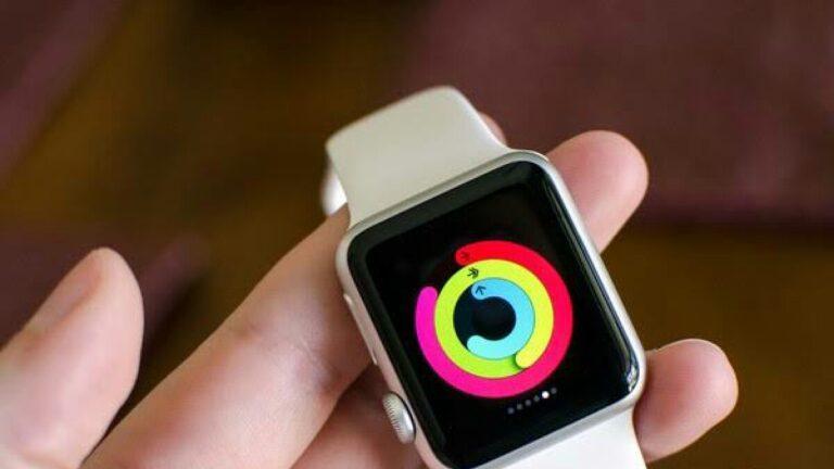 Akıllı saat satışları büyük oranda arttı! Apple ve Samsung rekabeti